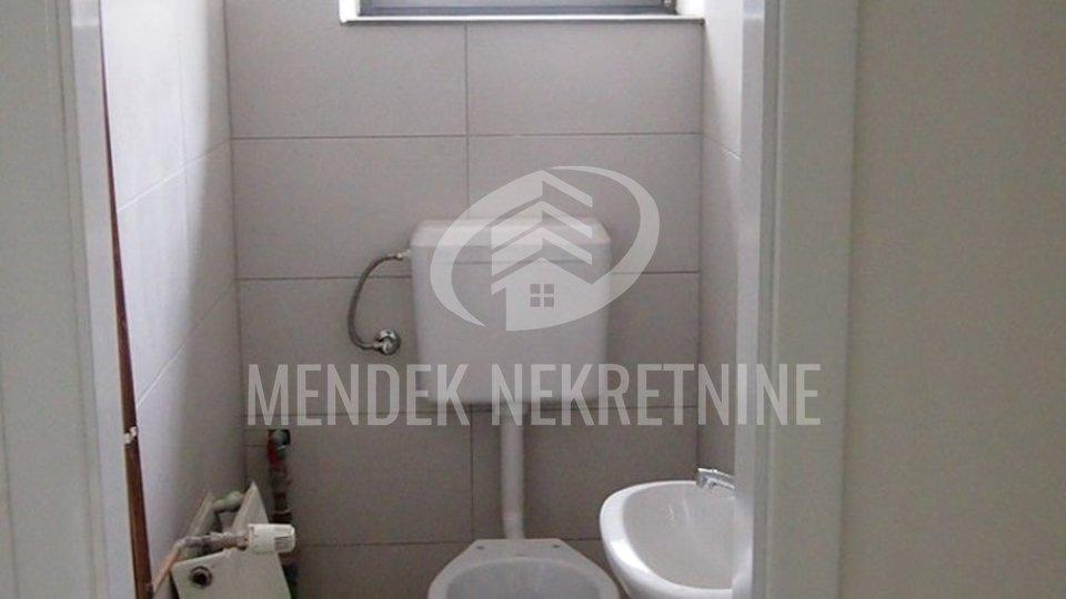 Commercial Property, 61 m2, For Sale, Čakovec - Centar