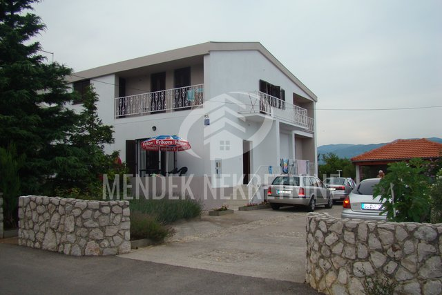 House, 350 m2, For Sale, Omišalj