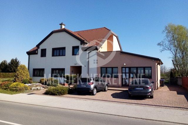 Hiša, 350 m2, Prodaja, Varaždin - Biškupec