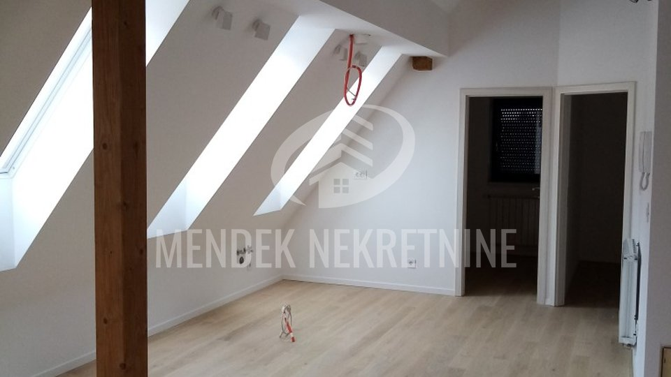 Commercial Property, 70 m2, For Rent, Varaždin - Centar