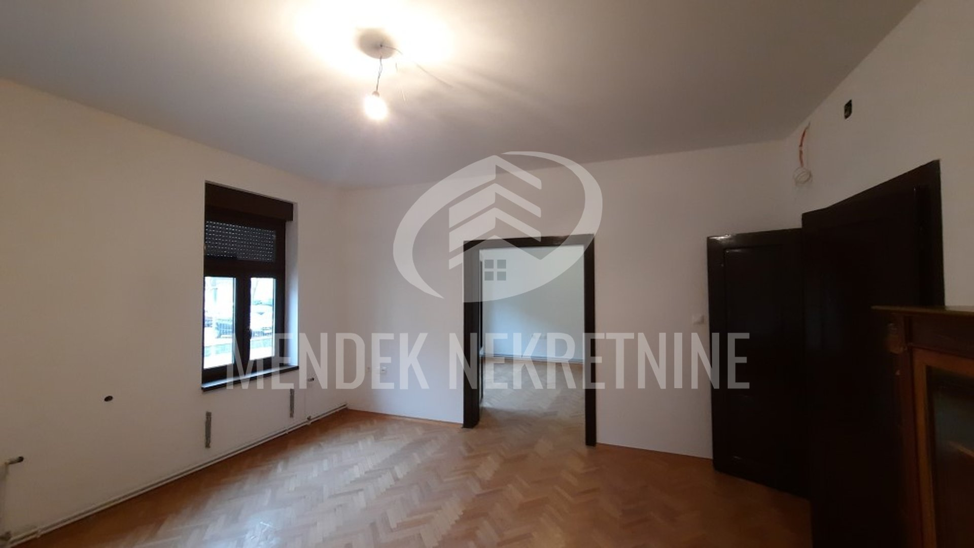 Commercial Property, 150 m2, For Rent, Varaždin - Centar