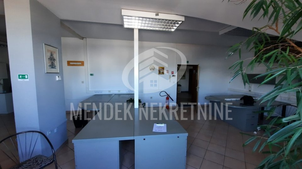 Commercial Property, 84 m2, For Rent, Varaždin - Varteks
