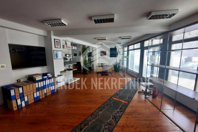 Geschäftsraum, 140 m2, Verkauf, Varaždin - Centar
