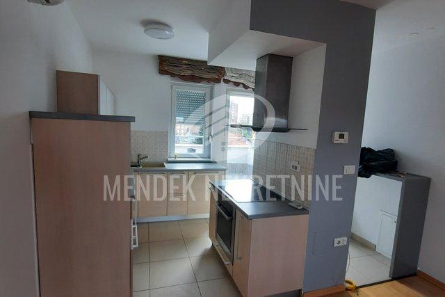 Appartamento, 140 m2, Vendita, Varaždin - Centar