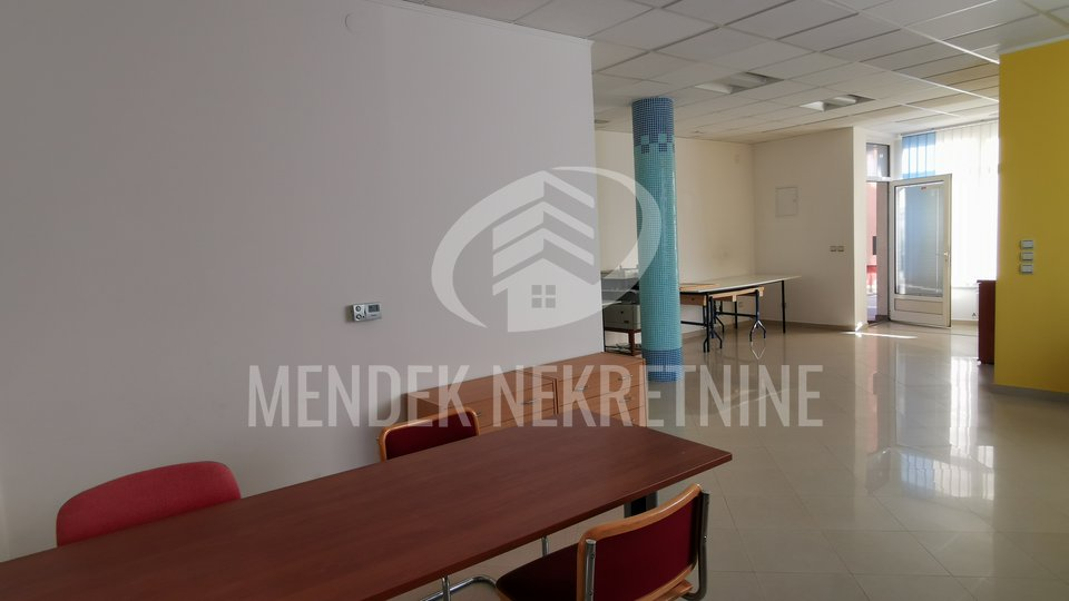 Geschäftsraum, 65 m2, Verkauf, Bjelovar - Centar