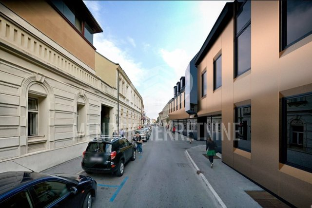 Commercial Property, 247 m2, For Rent, Varaždin - Centar