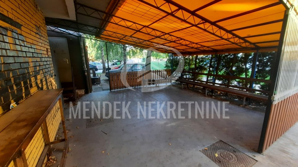 Commercial Property, 77 m2, For Rent, Varaždin - Centar
