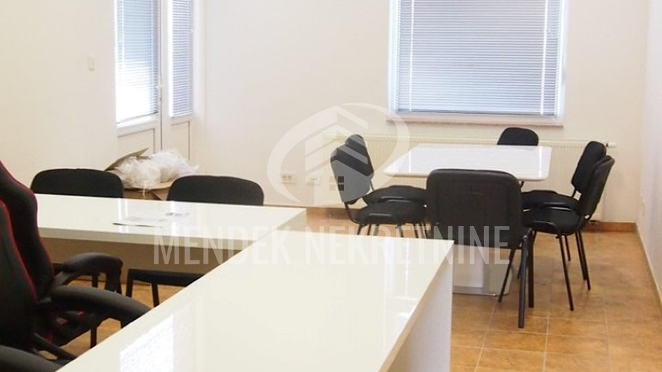 Commercial Property, 424 m2, For Sale, Varaždin - Jalkovec