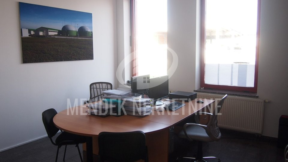Commercial Property, 100 m2, For Rent, Varaždin - Brezje